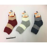 Kids fluffy socks border