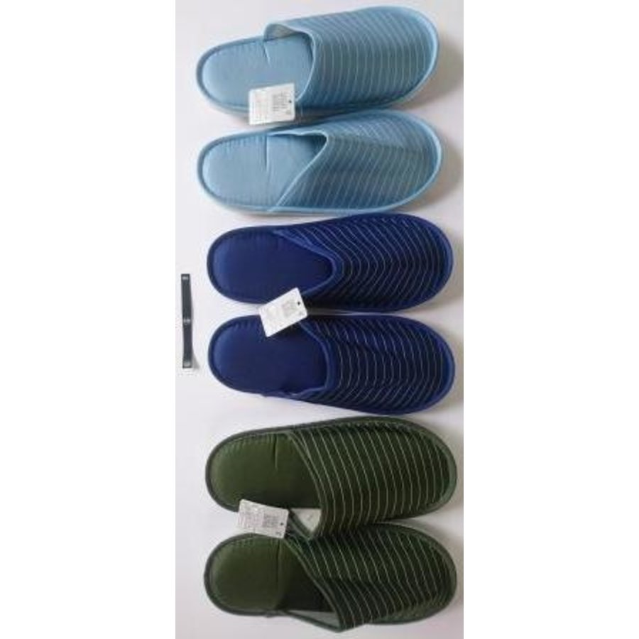 Casual slippers border-1