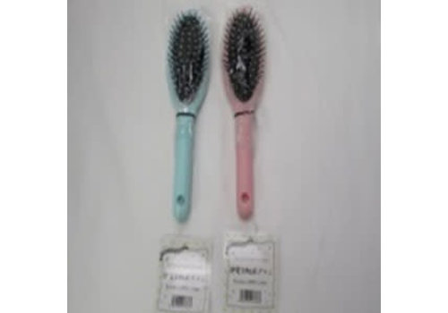 Static electricity reduction brush 18
