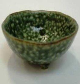 Pika Pika Japan 3 legs small bowl green