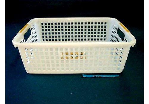Plastic basket with hole handle, B5