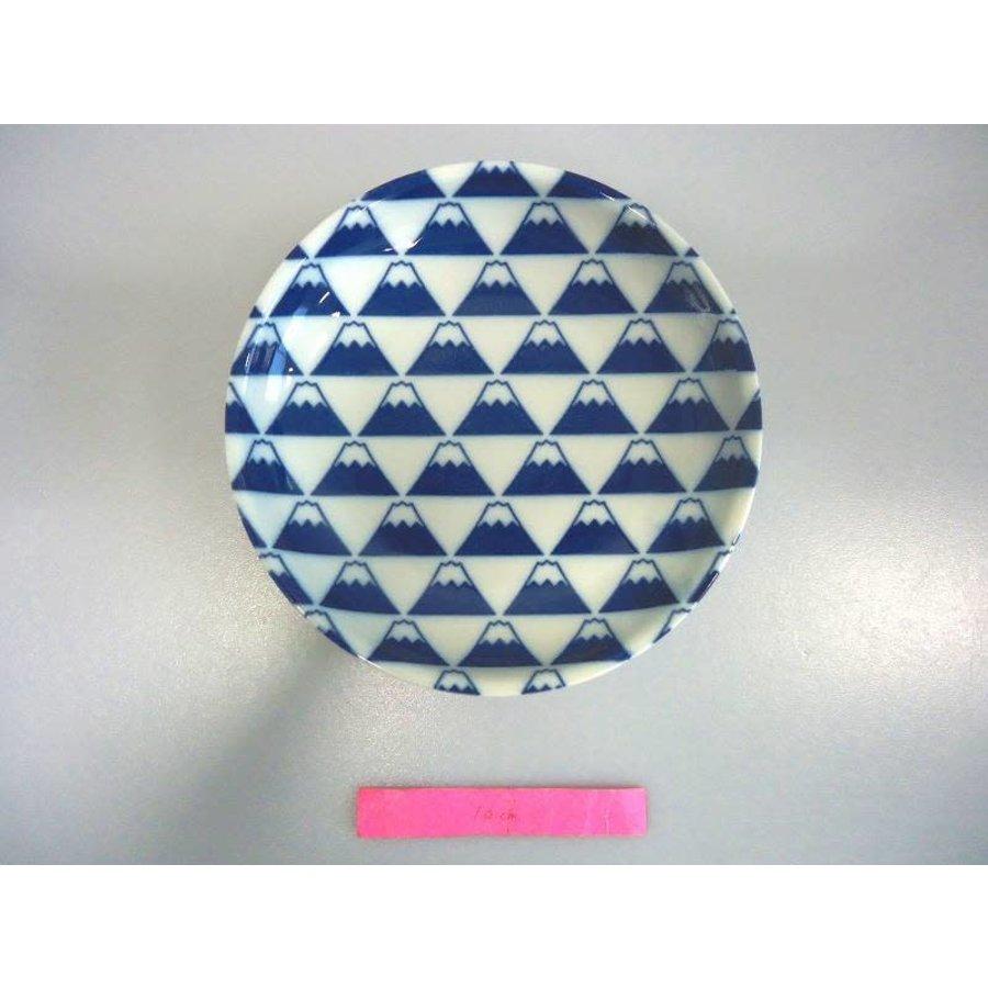 Mt Fuji 50 size dish-1