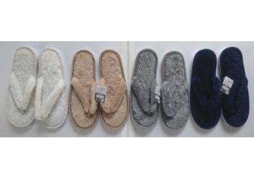 Fluffy boa slipper type