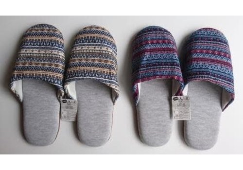 Soft slippers ethnic style