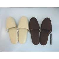 Living slippers plain