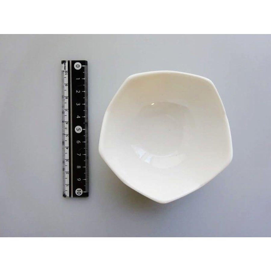 Wit schaaltje met kartelrand, porselein, 8 cm-1