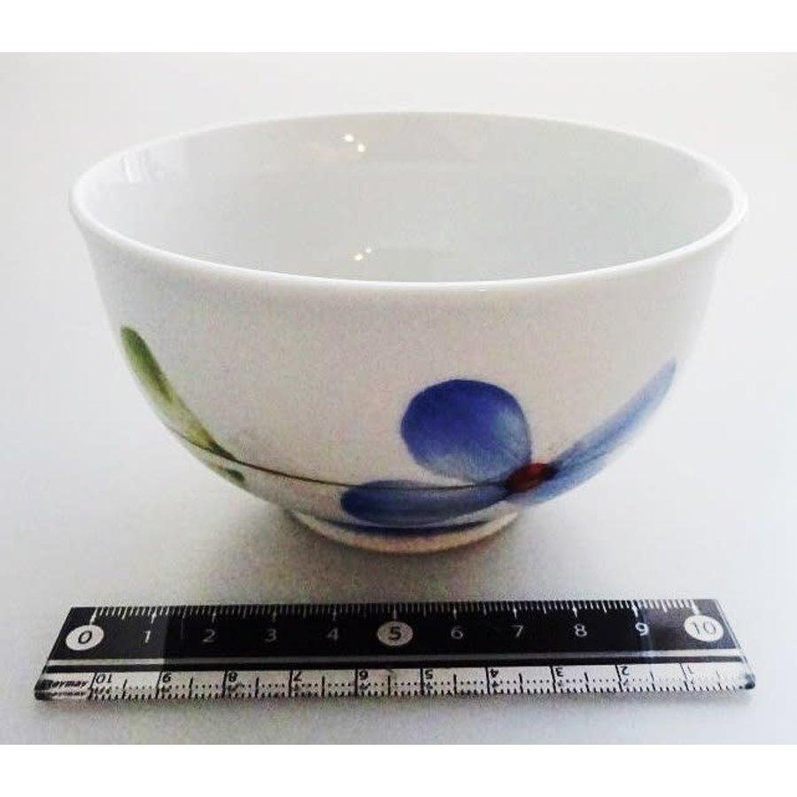 Flower pattern blue tea cup-1