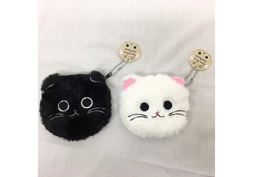 Fluffy cat pouch