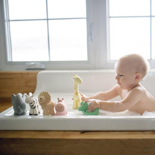 Tikiri badspeeltjes
