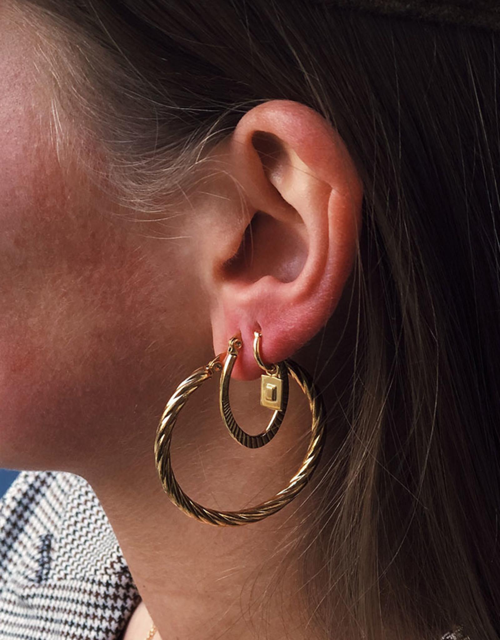 2 The Moon 'n Back 2 The Moon 'n Back Earring Twisted Hoops (40 mm) Gold