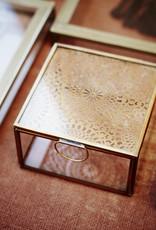 Madam Stoltz MS-Glass box w/carvings