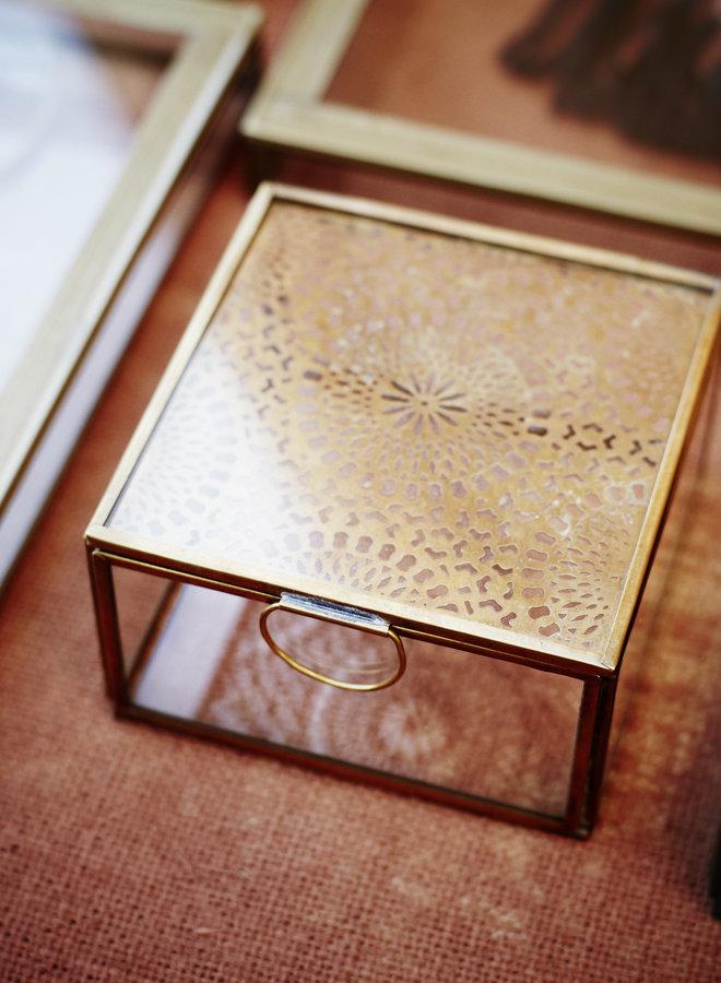 Madam Stoltz Glass Box Carvings