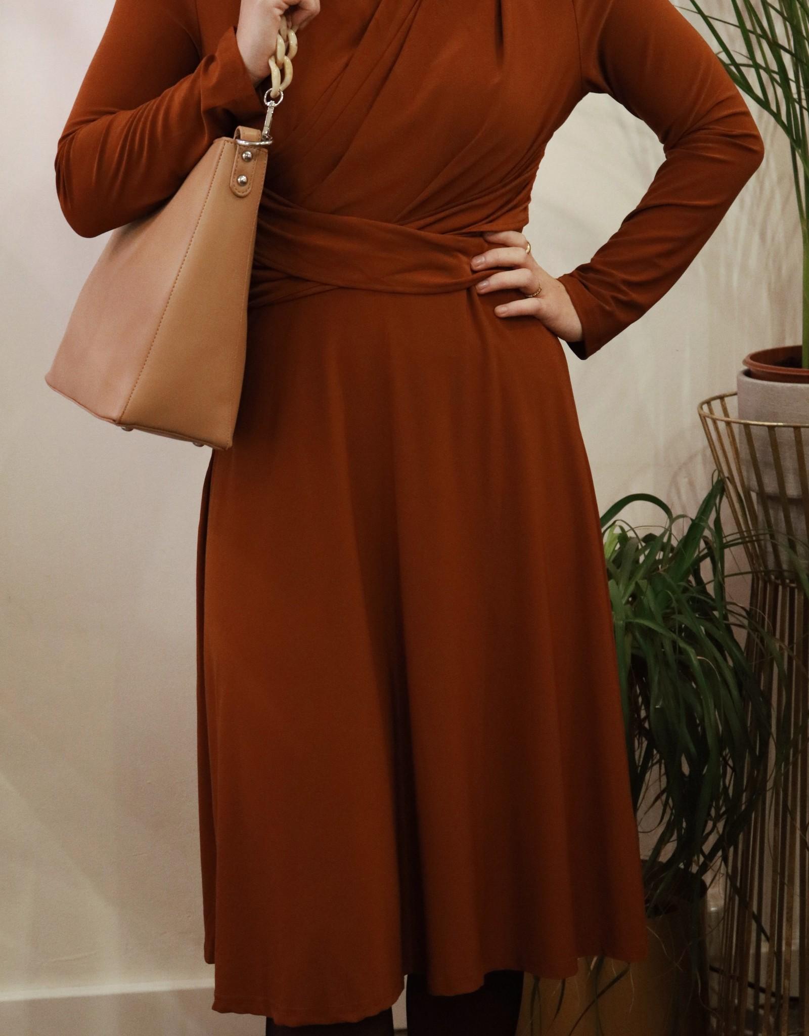 Make My Day AW20-8-MMD- Draped Dress Z ( Meerdere kleuren)