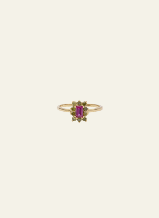 All the Luck in the World - Ring Chérie Rectangle Flower Pink