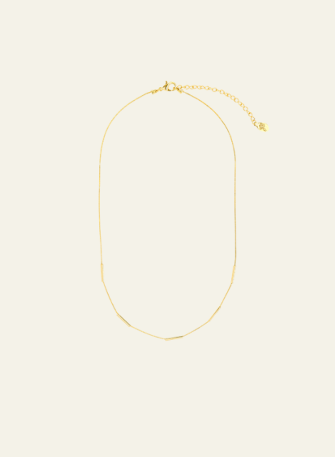 Make My Day Essential Necklace Lines