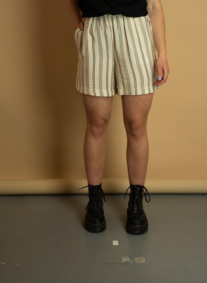 Ichi Tiffany Short