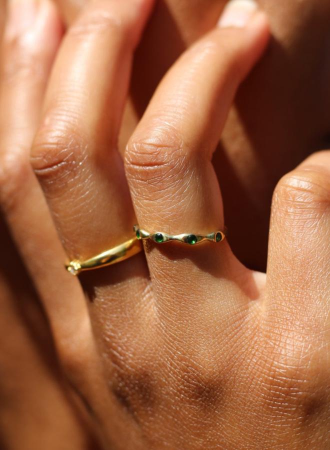 Xzota Tiny Dark Stone Ring Brass