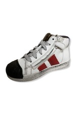 Momino FW20 witte sneaker zwarte tip