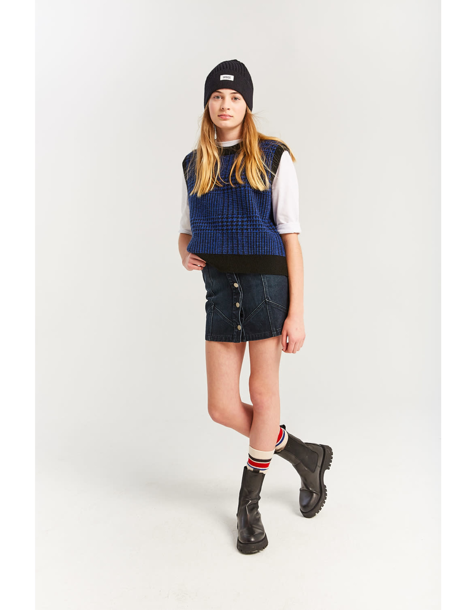 INDEE FW21 Kristina sleeveless sweater royal blue