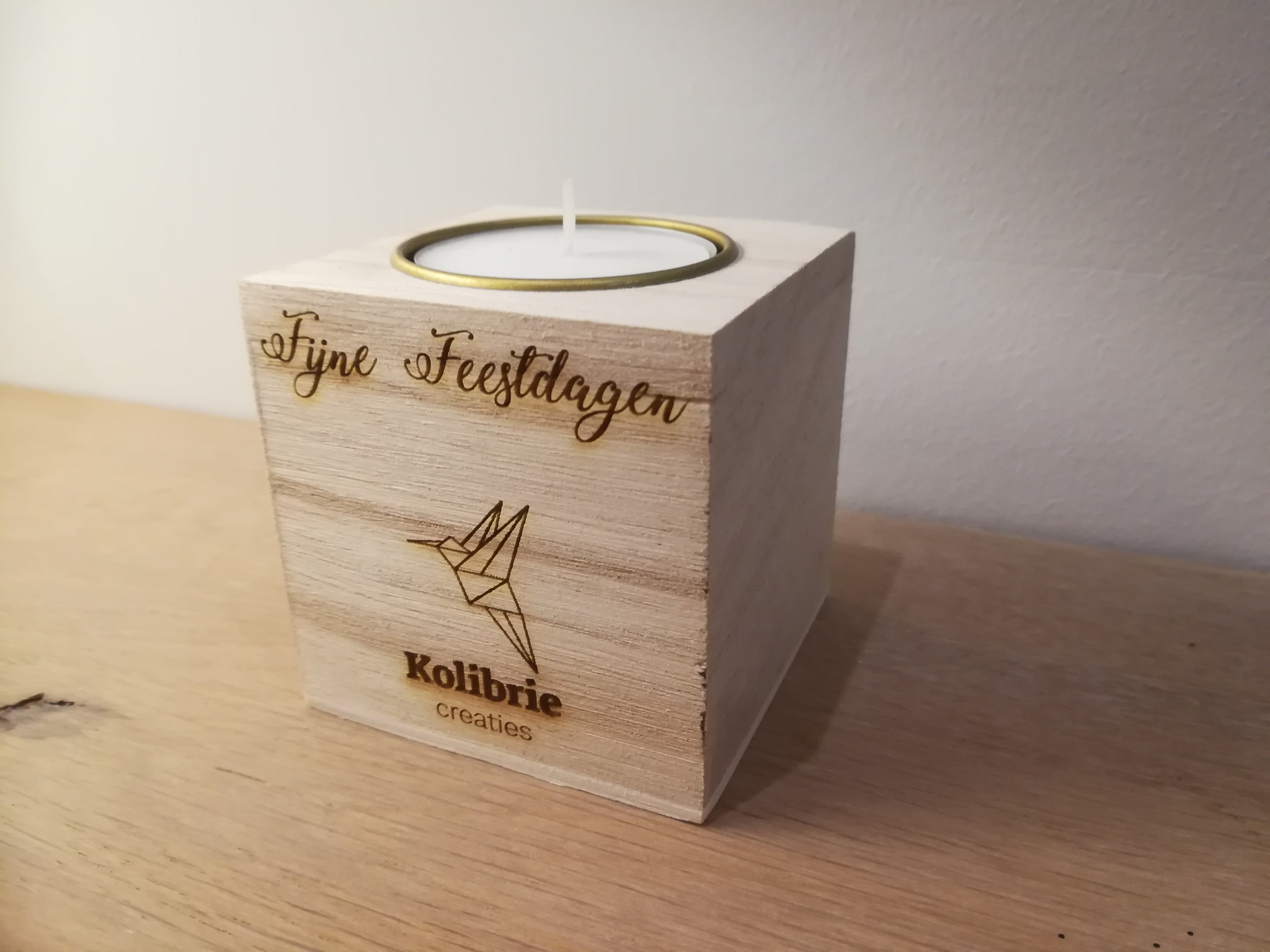 Theelichthouder kubus hout