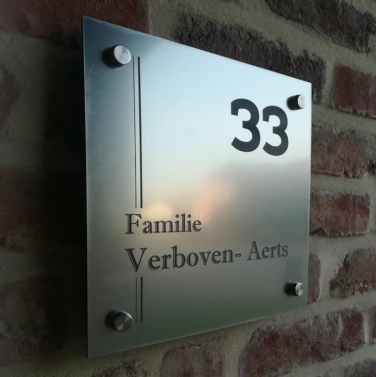 Huisnummerbord vierkant RVS