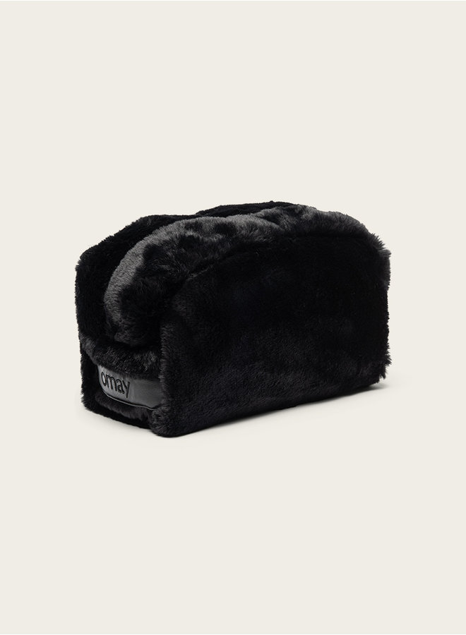 Omay Pouch Black Faux Fur