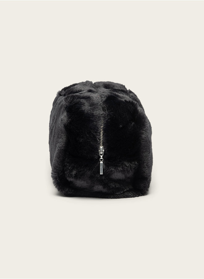 Omay Pouch Black Fux Fur