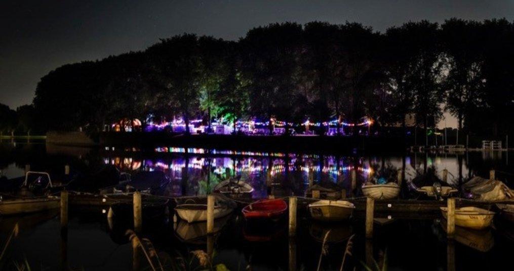 Verlichtingpaleis verlicht het Westbeach Filmfestival