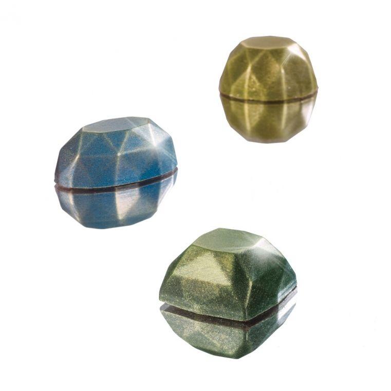 ambachtelijk vervaardigd in eigen atelier Diamanten trio, 500 gr.