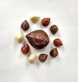 ambachtelijk vervaardigd in eigen atelier chocolade eendjes