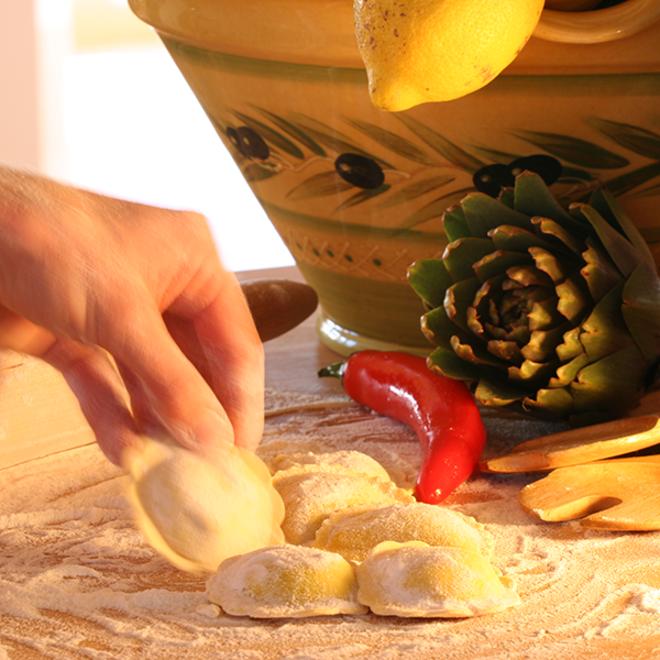 Frische handgemachte Ricotta-Pesto Margherite (1 kg)