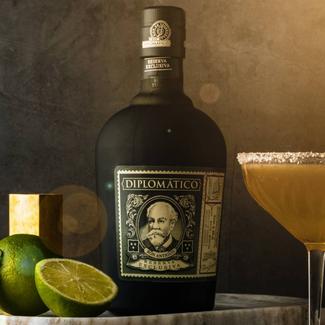 Destilerias Unidas / Venezuela Diplomatico Reserva Exclusiva 12 Years Rum 0.7 l 40% vol