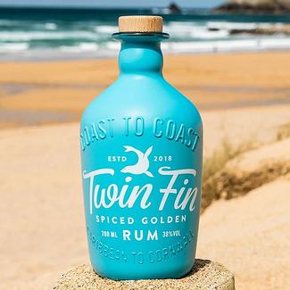 Twin Fin / Karibik Twin Fin Spiced Golden Rum 0.7 l 38 % vol