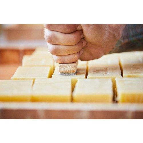 Snob Duck Natural Soap - Cinnamon - Pink Clay
