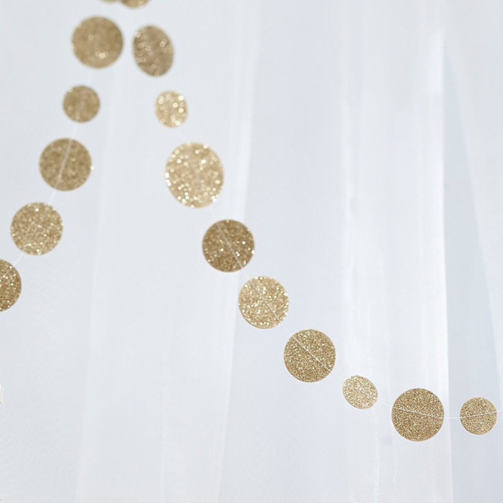 Ginger Ray Confetti garland