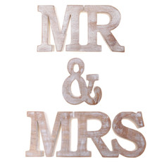 sass and belle Houten letters Mr & Mrs
