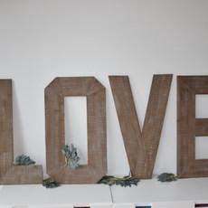 Verhuur - LOVE houten letters