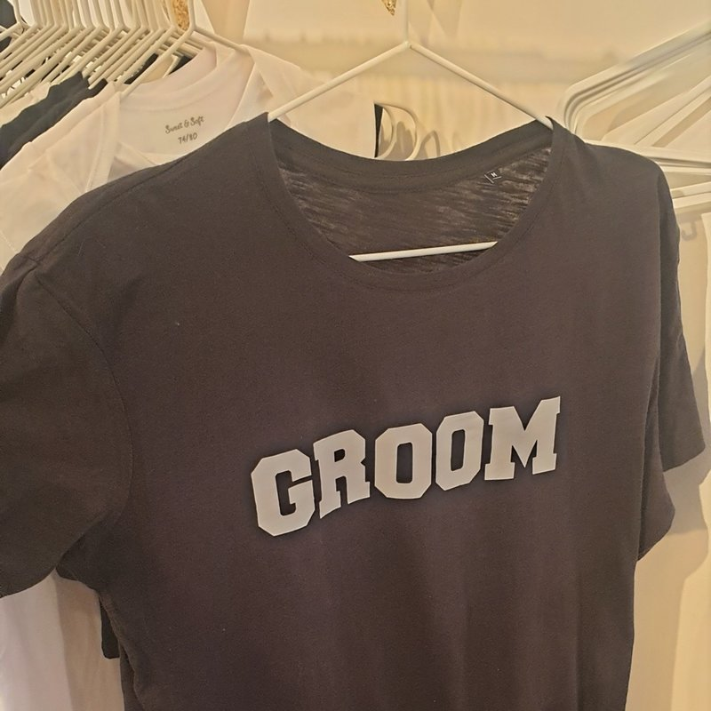 Groom - T-shirt