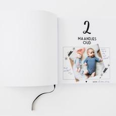 Bonjour to you! Baby's eerste jaar boek