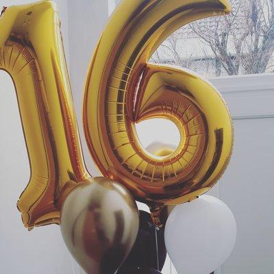Balloon Bar - XL Cijferballon + Ballonnenbundel 3 + Gewichtje