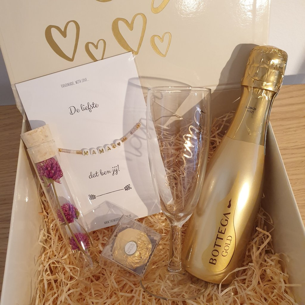 The Wedding & Party Shop Giftbox - Happy Mother's Day
