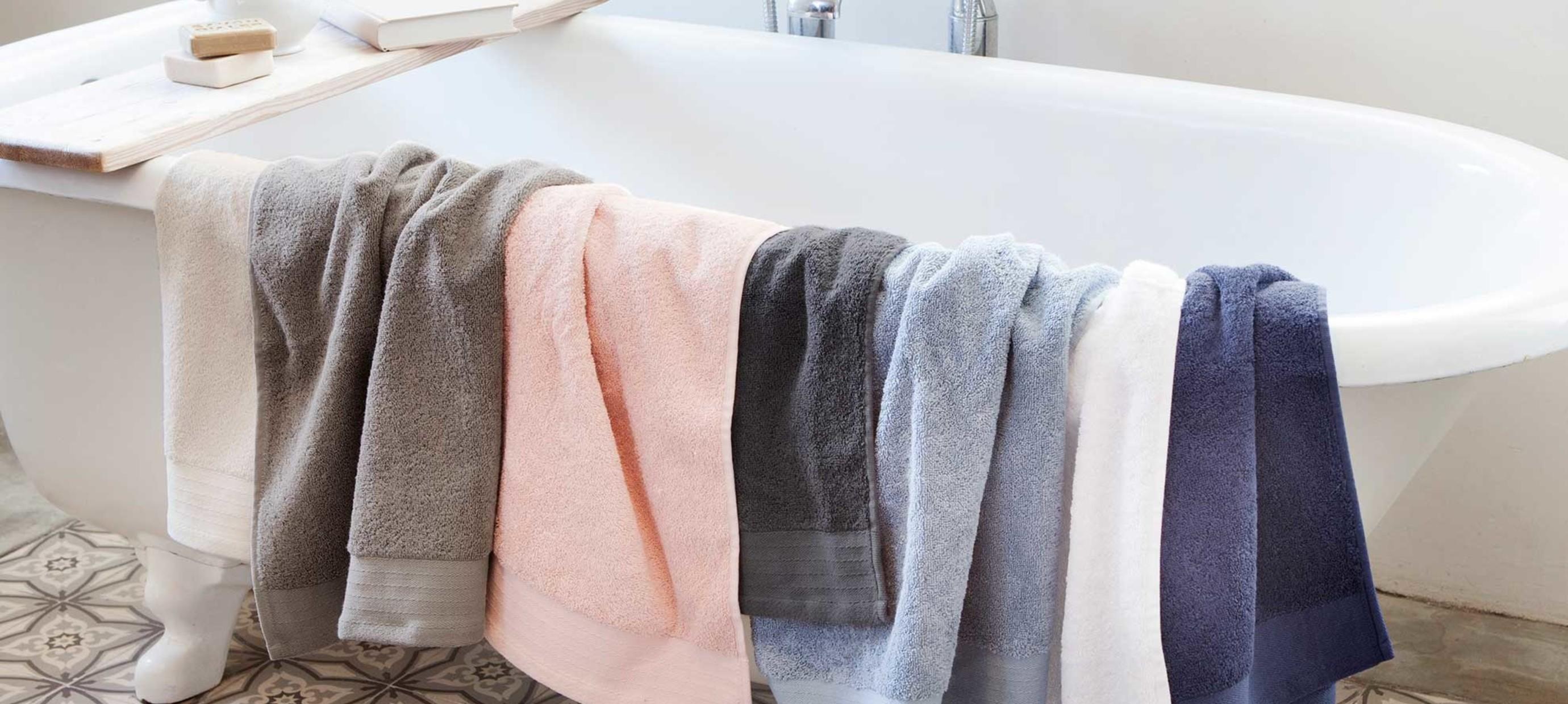 Hoe komt het dat nieuwe handdoeken niet goed drogen?
