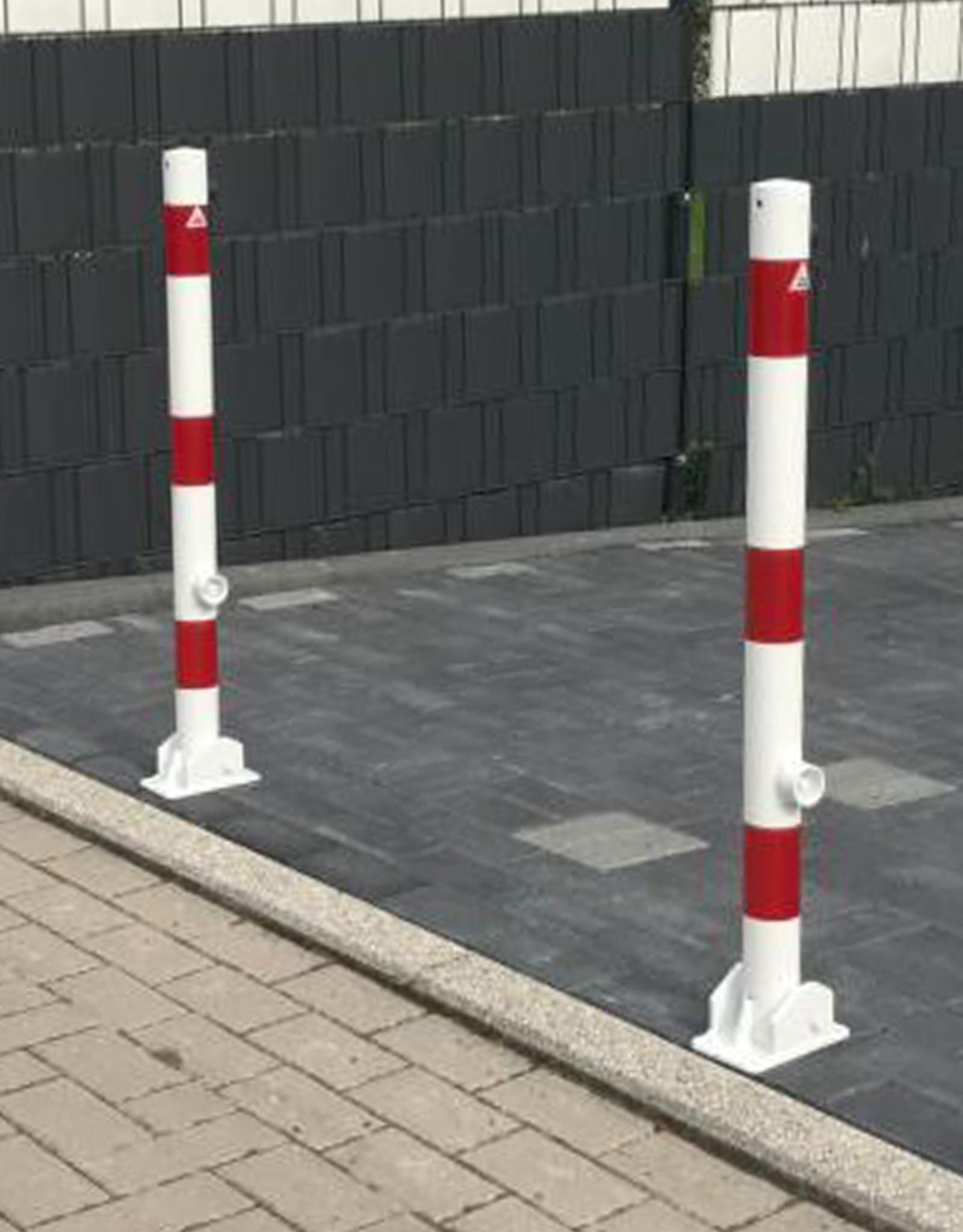 Ri-Traffic | Parkeerpaal neerklapbaar / klapbaar met driekantslot