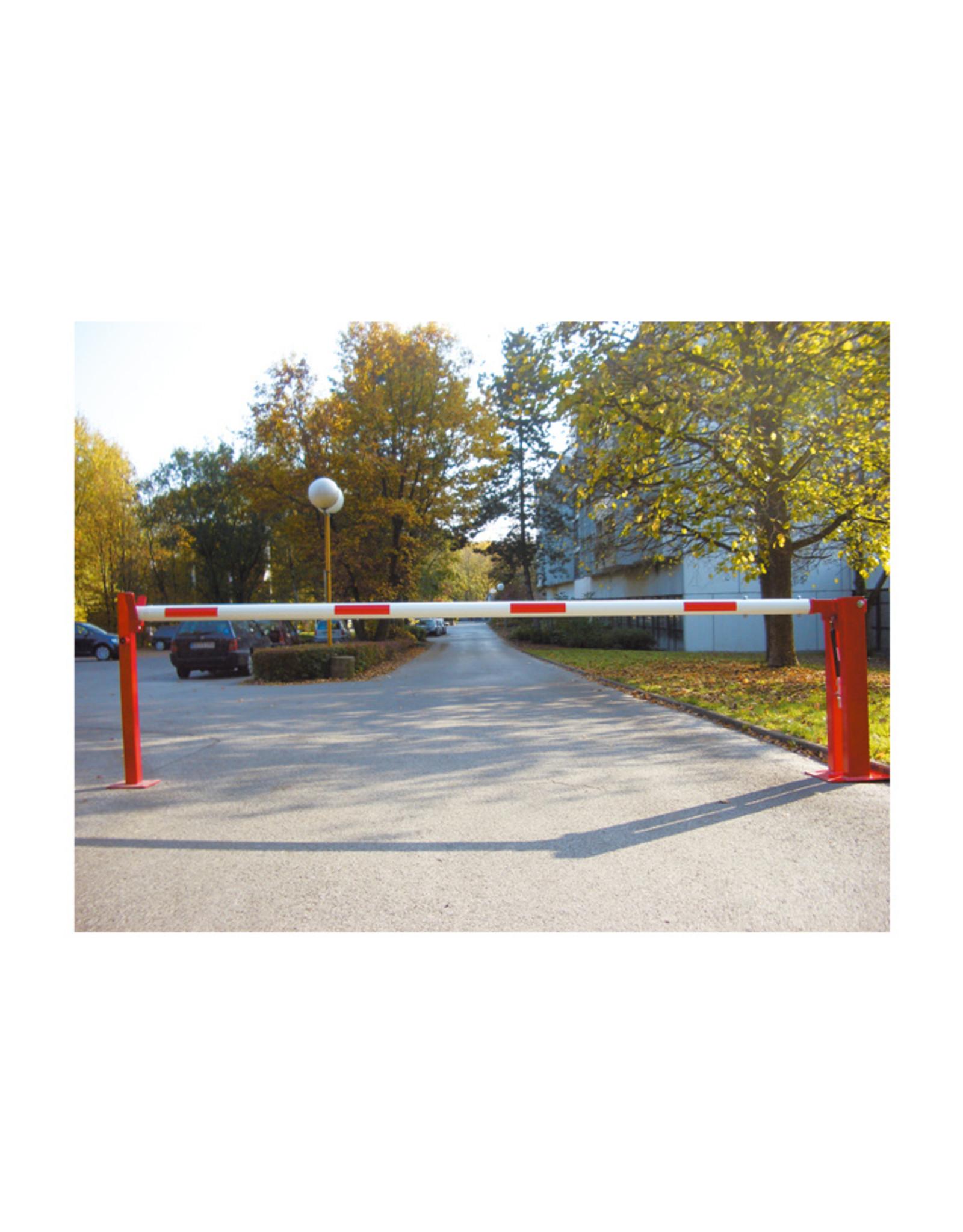 Verkeerswinkel.nl | Premium Slagboom 300 cm tot 700 cm, incl. Staander, Gasveer, Cilinderslot & Driekantslot