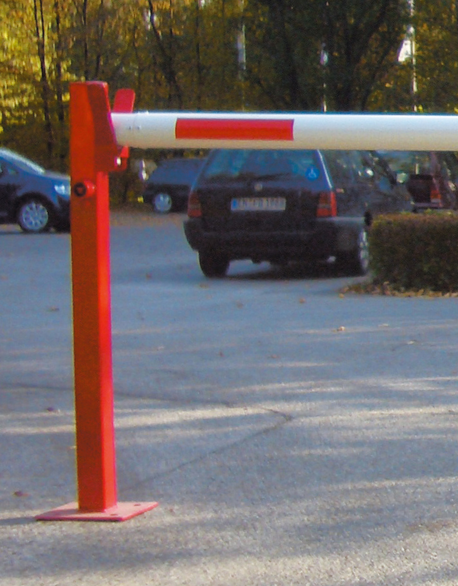 Verkeerswinkel.nl | Slagboom 300 cm tot 700 cm, incl. Staander, Gasveer en Cilinderslot