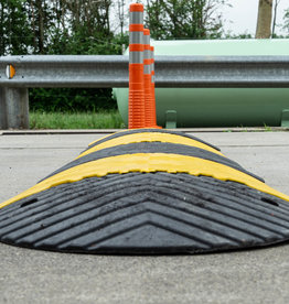 Ri-Traffic | Verkeersdrempel 250cm breed x 7cm hoog (Complete Verkeersdrempel Set | Geel-Zwart)
