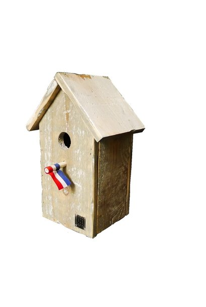 birdhouse pointed roof