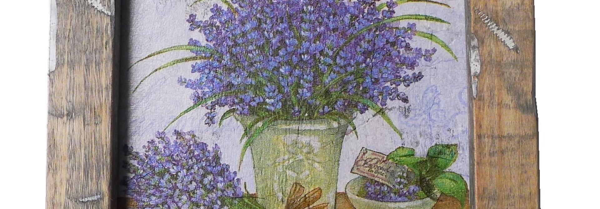 wooden tile old dutch delft lavend pot in