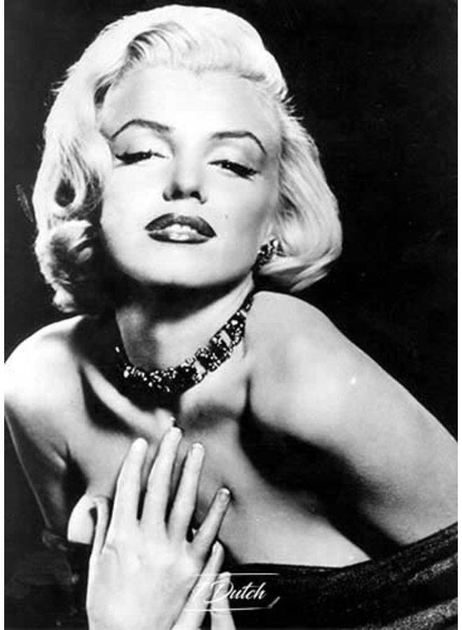 Marilyn Monroe closed eyes