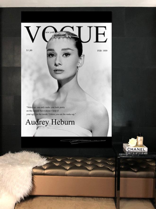 Hepburn Audrey magazine2